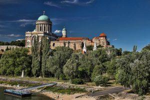 Венгрия Узтергорм базилика